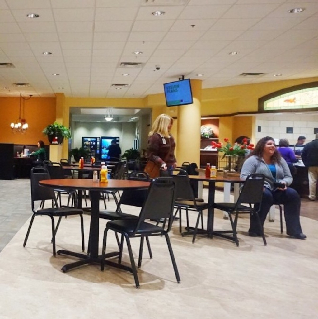 Comfort-Food-Cafe-Dining-Downtown-Fort-Wayne
