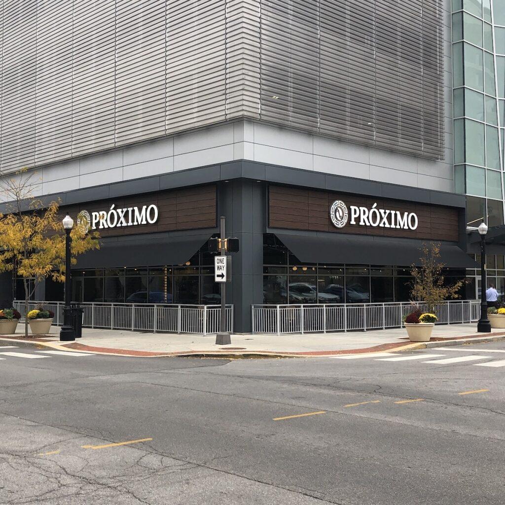Proximo-Dining-Downtown-Fort-Wayne