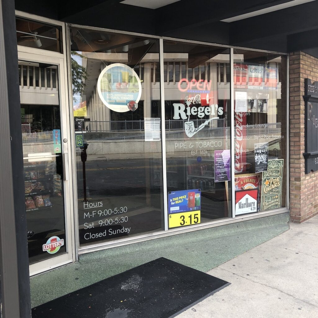 Riegels-Pipe-Tobacco-Shopping-Downtown-Fort-Wayne