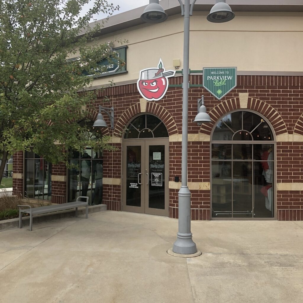 The-Orchard-Shopping-Downtown-Fort-Wayne