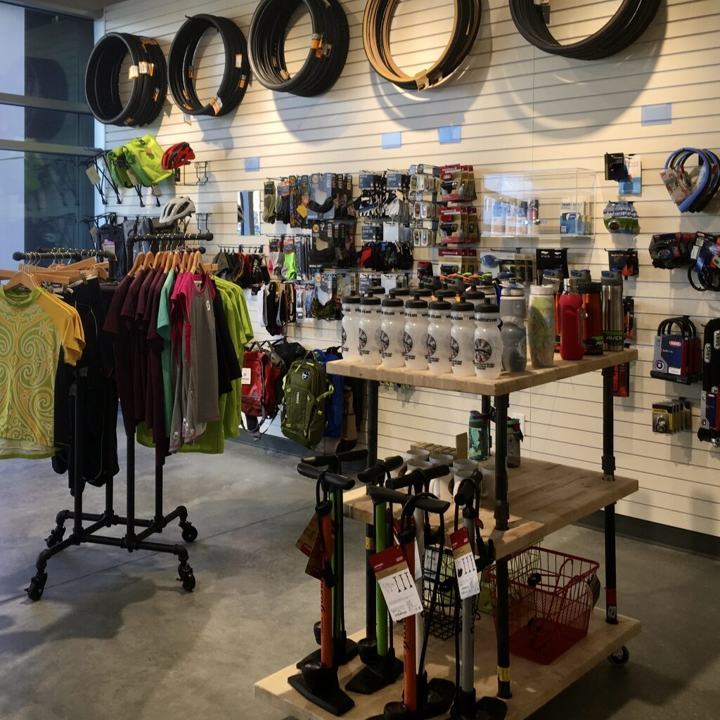 outfitters-downtown-shopping-fort-wayne