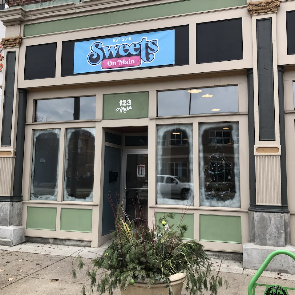 sweets-on-main-dining-downtown-fort-wayne